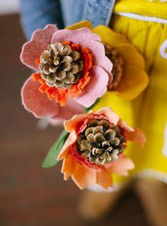 Pinecone flowers – DIY