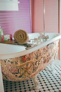 Mosaic claw foot tub