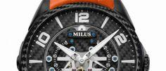 Milus Tirion TriRetrograde Una nueva versión con triple segundero retrógrado y un aspecto más deportivo que se logra con la fibra de carbono.