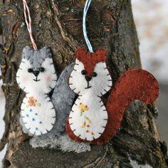 craft, squirrels, felt squirrel, diy ornaments, felt patterns, felt diy, felt ornaments, christmas ornaments, felt animals