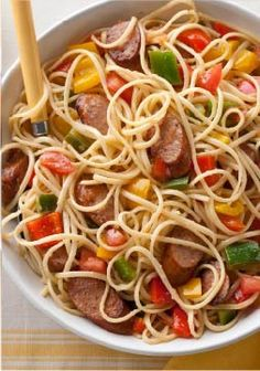 Chicken Sausage, Peppers & Tomatoes with Linguine – Grandma may not be ready to reveal her sausage-and-peppers recipe, so make this version instead—a simple yet bold twist on the classic pasta dish.