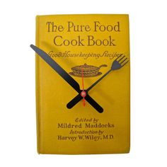 Vintage Cookbook Clock #diy
