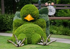 giant sleeping chick topiary in Nantes, France
