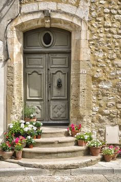 #door Velleron, Vaucluse, Provence