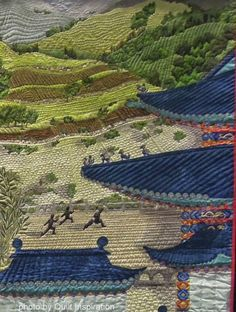 close up, Chinese Journey in Three Parts by Stephanie Crawford.  Best of World award, 2014 PIQF, photo by Quilt Inspiration