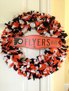 18 Philadelphia Flyers Rag Wreath with Street Sign by WarmWelcomes, $45.00 arti wreath, rag wreaths, wreath idea, philadelphia flyers, hockey wreath