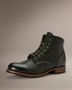 Logan Cap Toe.