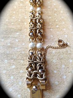 Vintage chain and pearl bracelet by JNPVintageJewelry on Etsy, $55.00