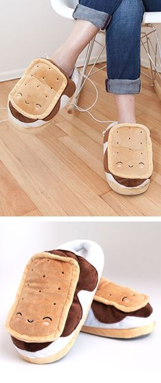 Snugly S'mores // heated USB foot-warmer slippers... for those who like novelty and toasty toes on cold winter evenings...
