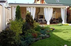 Small Backyard Landscaping Design Ideas With White drapery