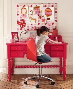 escrivaninha pink com pé torneado