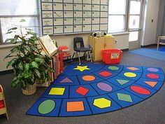 I love this classroom rug