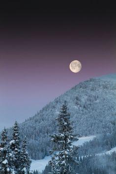 luna, mountain, beauti natur, beauti night, beauti moon, crosses, belle, night sky, country