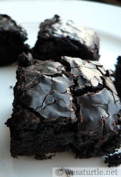 Coffee Brownies - If you love coffee and chocolate, this chocolate brownie recipe is perfect for you!