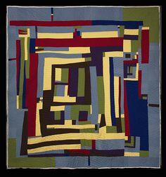 Quilt by Loretta Pettway Bennett : 2014 exhibit at City Lights (Connecticut).  Gee's Bend