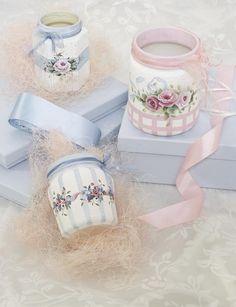 glazen potjes beschilderen met acrylverf en daarna plaatjes opplakken ((jar crafts))