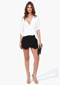 black n white skirt, envelop skort, blouses, summer fashion, beach blous, cloth, black white, white outfits, shorts