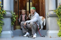 The Humans of New York... A photographic census of the city...complete with Q  What a great concept.