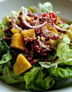 29 fresh salad recipes for a spring slim down!