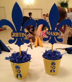Blue and Gold Cub Scout Banquet Centerpieces - but use empty cans? and a mustache?