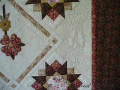 Addicted To Quilts: Rose Square --- LOVELY QUILTING