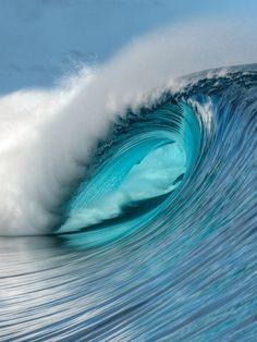 Empty Teahupoo wave. Photo: Tim McKenna