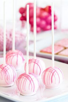 Abstract Pink Plaid Cake Pops