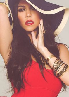 #Kourtney #Kardashian #KourtneyKardashian summer hats, kourtney kardashian, kourtneykardashian, hair beauty, celebrity kardashian kourtney, red lips, brown hair, ari, red black