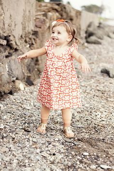 Sweet dress for little girls.