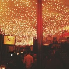 Where you eat eat oysters under the stars - Cafe Select in NYC // photo by Bonnie Tsang