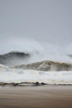 ocean waves//