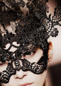 Valentino haute couture F/W 2009.