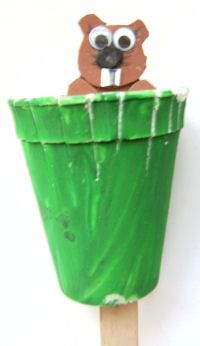 Groundhog Day Pop-up Puppet -  Pinned by @PediaStaff – Please Visit http://ht.ly/63sNt for all our pediatric therapy pins