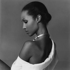Happy Birthday Iman! Can you believe this fashion legend is 59 years old today? This photo was taken by the great Francesco Scavullo in 1977.
