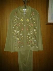 Susan graver style dress for woman. V good quality suit pants  with beautiful flower free shi
