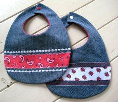 Repurposed Denim Baby Bibs! Set of two pretty denim bibs accented with embroidery and grosgrain ribbon. This set has pretty red ladybugs and...