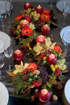 Fall Centerpiece Ideas | Elegant Fall and Autumn Centerpieces Decoration Ideas | Family Holiday