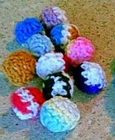 Crochet cat or dog toys with scrap yarn