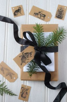 Free flora and fauna gift tags - download and print from Decorator's Notebook  http://www.decoratorsnotebook.co.uk/blogs/blog/10623809-free-printable-christmas-holiday-gift-tags-2013