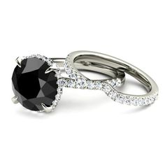 Bold and dramatic yet very feminine, this design is couture for your finger. Available in twelve gemstones. {Gemvara}