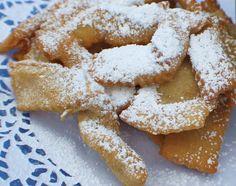 Farfellette: Italian fried bows/ribbons with powdered sugar