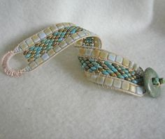 Free+Patterns+Using+Twin+or+super+duo+beads | bracelet is adapted from Deb Roberti's pattern, tila and super duo ...