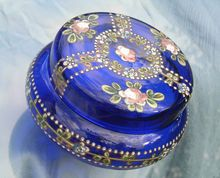 Eye-Catching Victorian Bristol Blue Glass Powder / Trinket Pot
