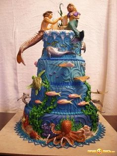 Unique Wedding Cake Ideas - Under the Sea Wedding Cake Merman and Mermaid