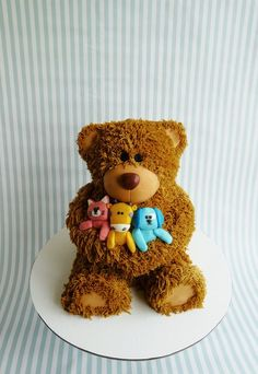 Cute Teddy Bear Cake