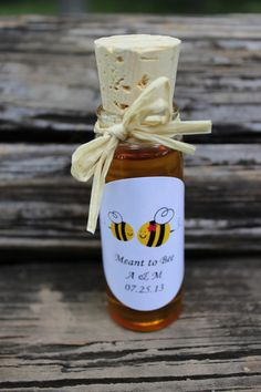 Rustic raw honey wedding favors -honey jars country chic wedding barn wedding party favors, baby showers, bridal showers SET OF 24