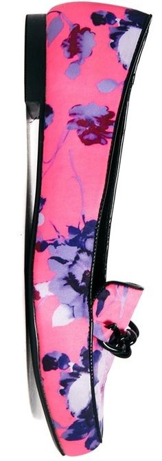 How to Wear Printed Shoes - #shoes #flats - article