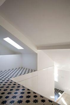The cement tile! José Adrião Arquitectos,  Apartment in Campo de Ourique, Lisboa, Portugal