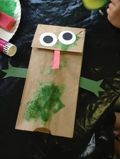 Frog puppet toddler activity