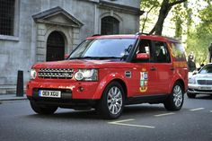 #LandRover Discovery 4 very #red